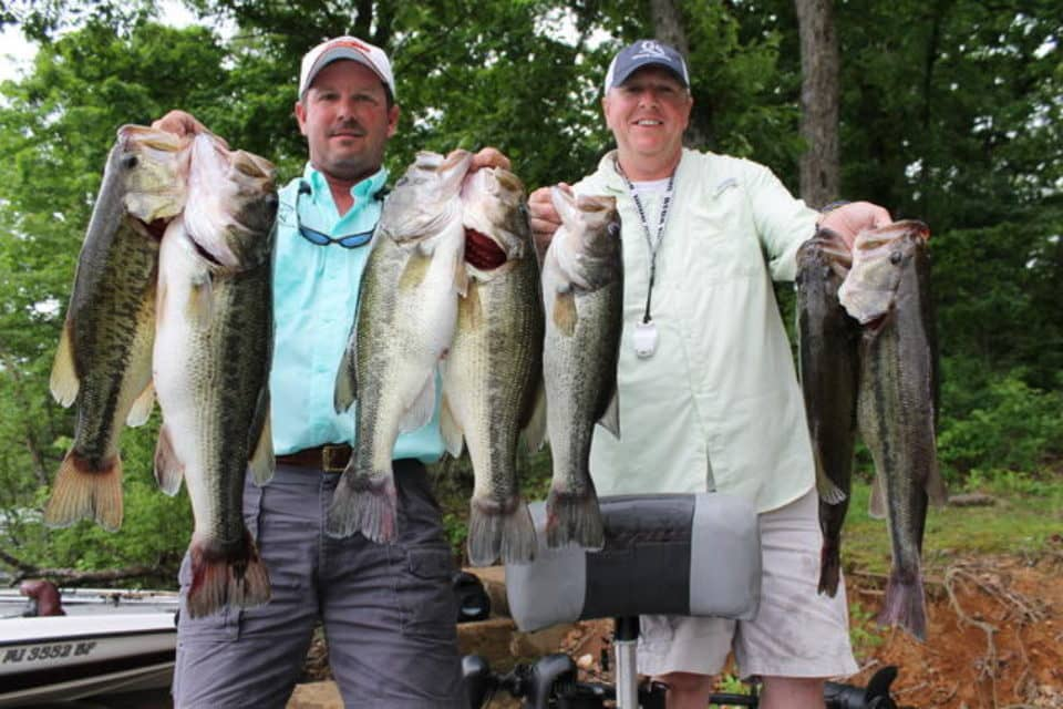 Elite series pro greg hackney patterns kentucky lake s for Kentucky lake fishing guides