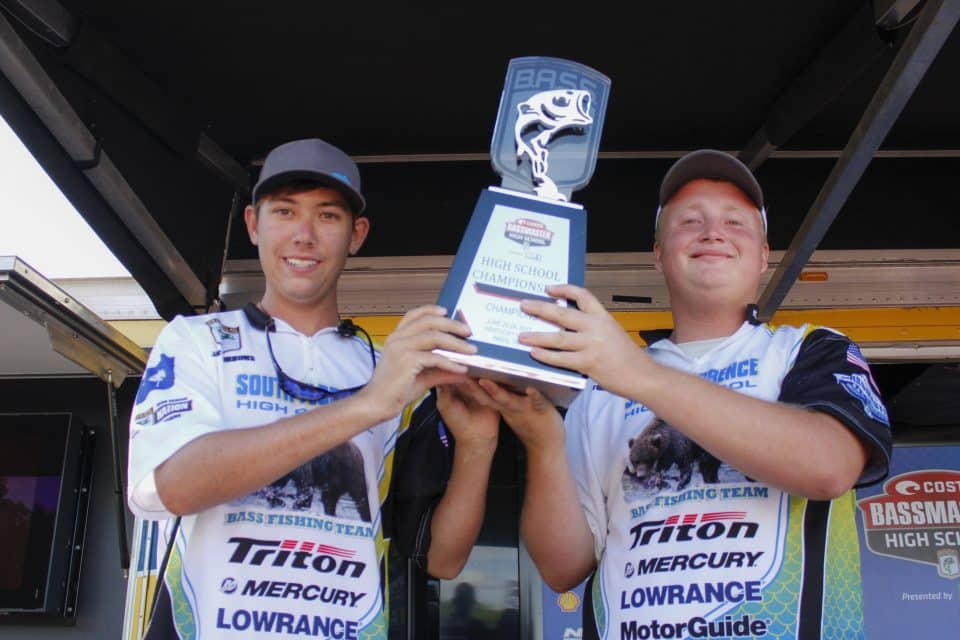Floyd, Gibbons Overcome Adversity To Win Bassmaster High School National Championship