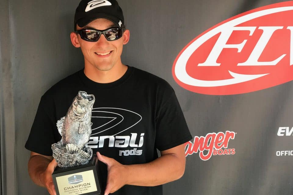 KELLEY WINS T-H MARINE FLW BFL MICHIGAN DIVISION EVENT ON DETROIT RIVER PRESENTED BY NAVIONICS