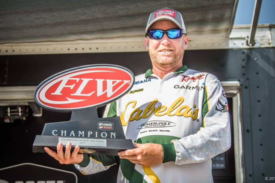 OKLAHOMA'S REYNOLDS WINS COSTA FLW SERIES SOUTHWESTERN DIVISION FINALE ON LAKE TEXOMA