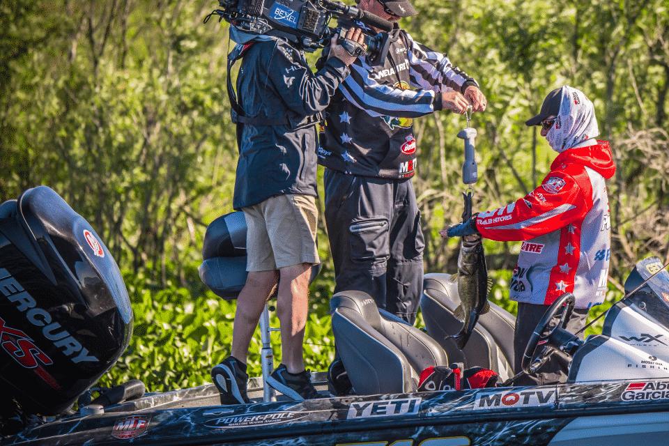 79b51be1557 BREAKING NEWS  Major League Fishing