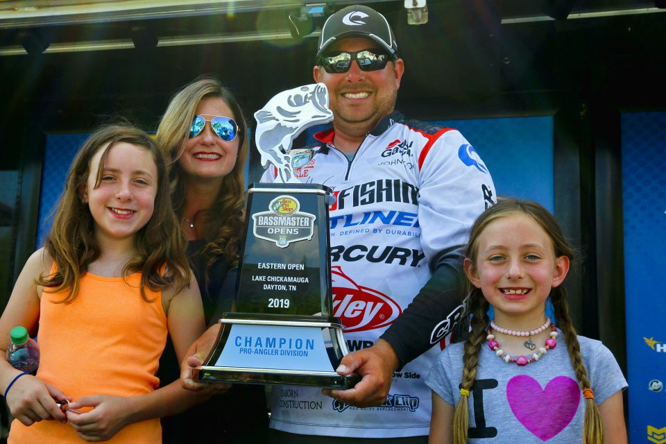 John Cox Cruises To Wire-To-Wire Win In Bassmaster Open On Chickamauga